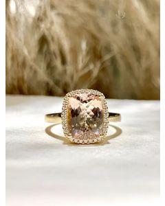 14 Karat Guld Ring fra Henrik Ørsnes Design med Peach Morganit og Brillanter 0,10 Carat TW/SI