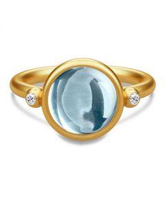 Julie Sandlau Prime Ring i Forgyldt Sølv med Blå Krystal